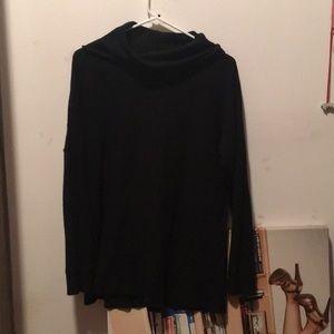 Cullen 💯 cashmere black turtleneck sweater